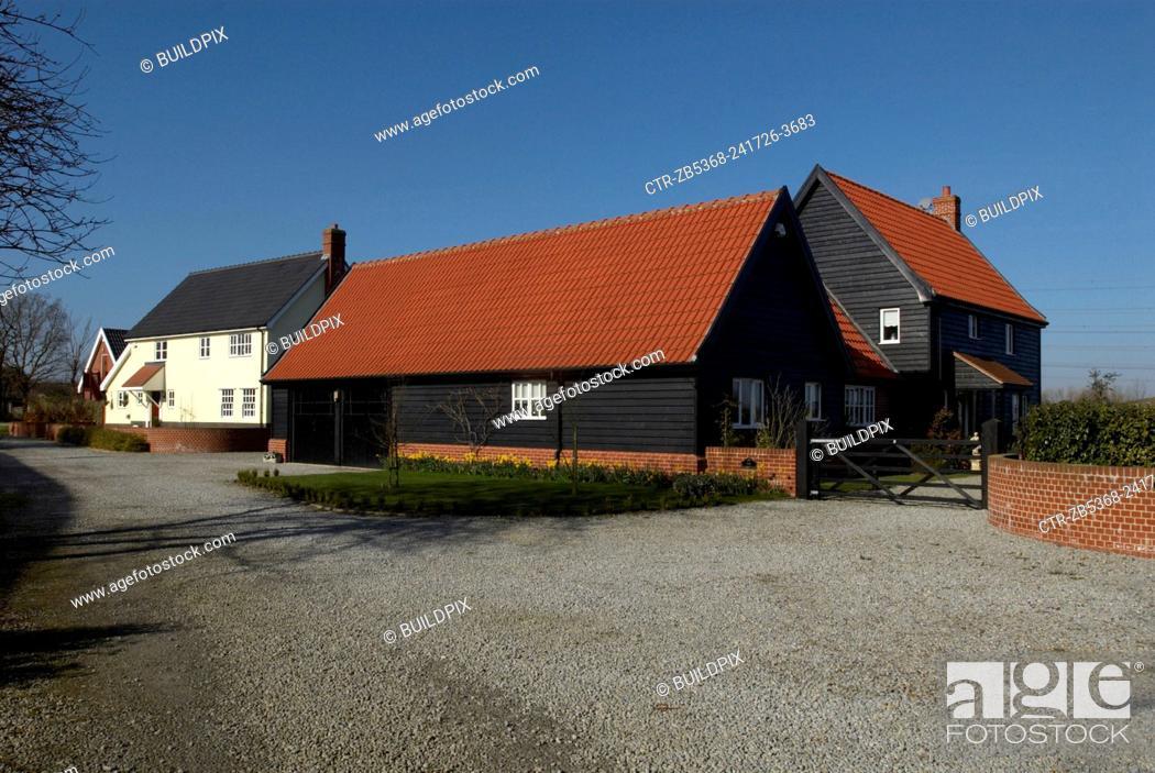 Imagen: Modern countryside housing development, Suffolk, United Kingdom.