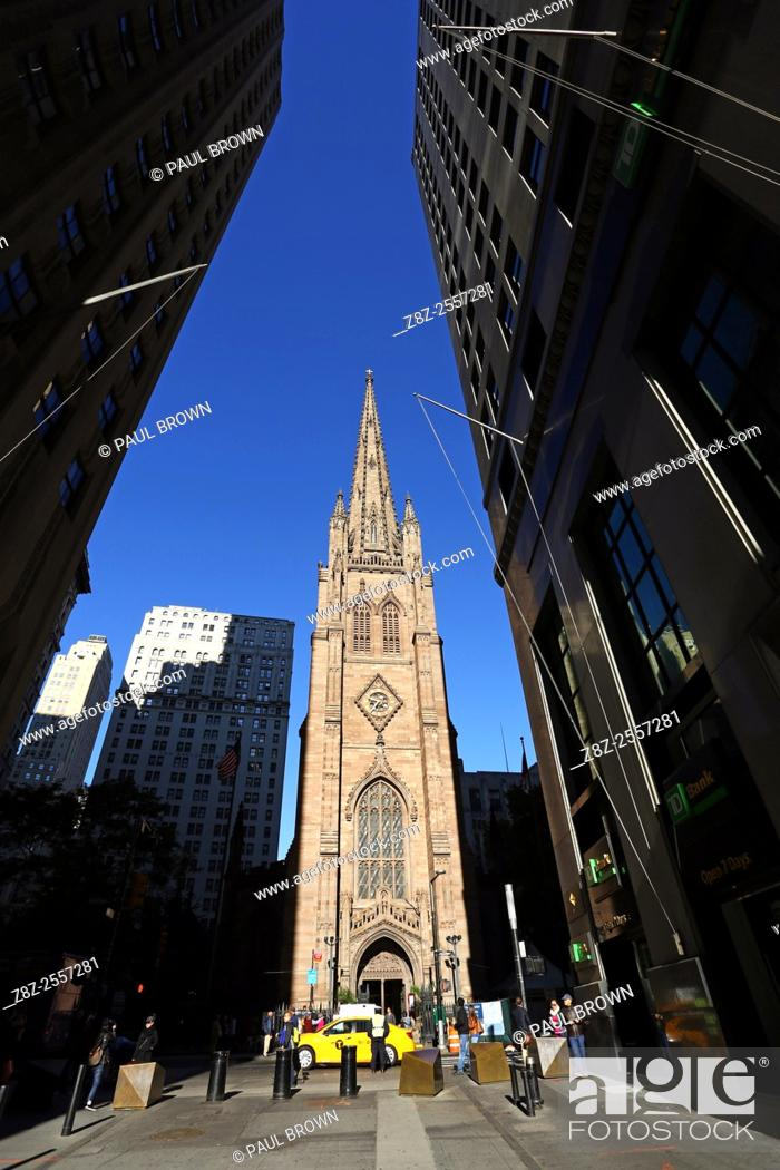 Stock Photo: Trinity Church on Wall Street, New York. America.