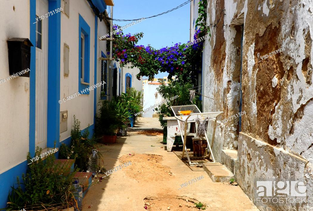 Stock Photo: narrow streets and characteristic Algarvian architecture, Old Town of Ferragudo, Lagoa, Algarve, Portugal, Europe.