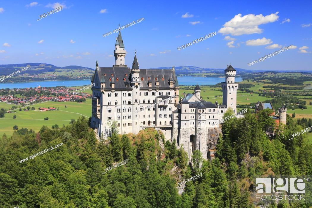 Stock Photo: Neuschwanstein Castle, Bavaria, Germany.