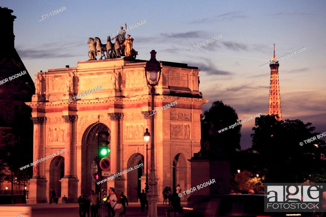 Stock Photo: France, Paris, Arc de Triomphe du Carrousel,.