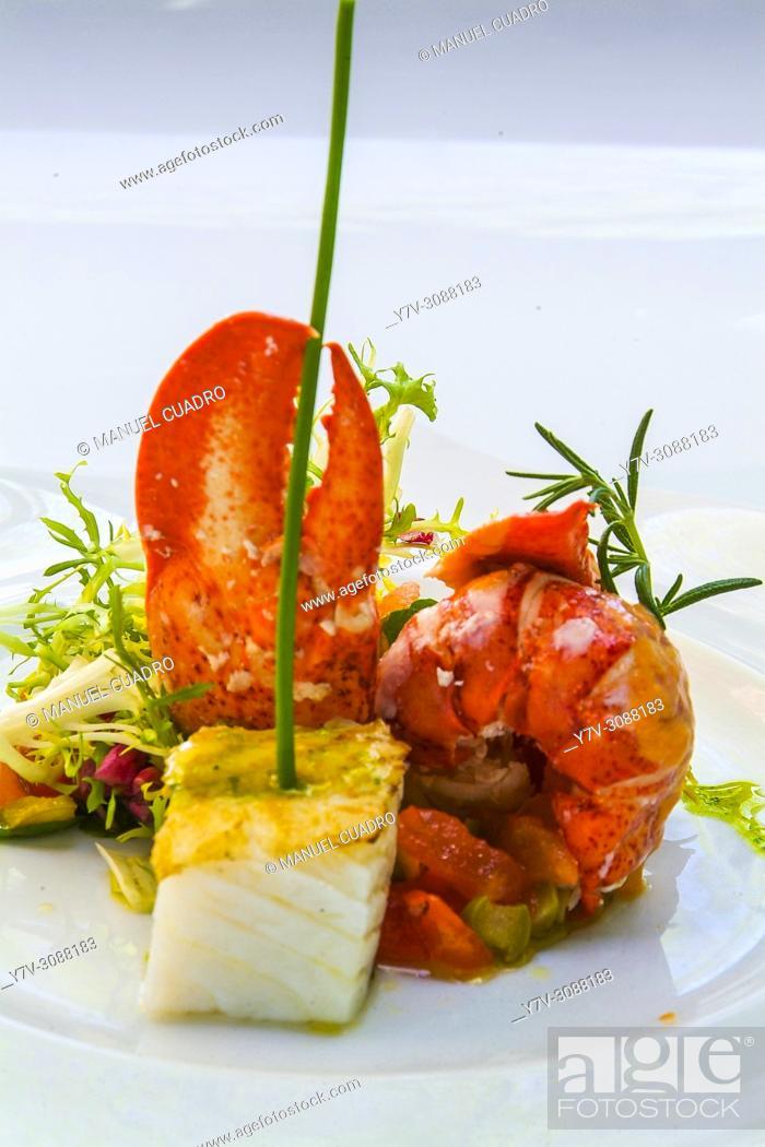 Stock Photo: Plato de Ensalada de bogavante (European lobster salad). Restaurante Eneperi en Bakio, Vizcaya, País Vasco.