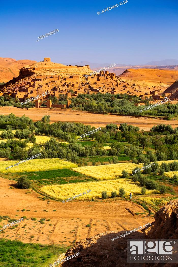 Stock Photo: Ksar Ait Benhaddou, old Berber adobe-brick village or kasbah, Ouarzazate Province. UNESCO World Heritage Site. Morocco, Maghreb North Africa.