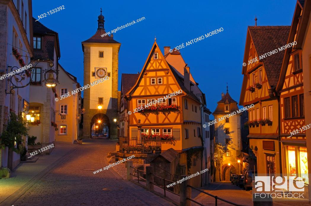 Stock Photo: Rothenburg ob der Tauber, Ploenlein, Siebersturm tower, Romantic Road, Romantische Strasse, Franconia, Bavaria, Germany, Europe.