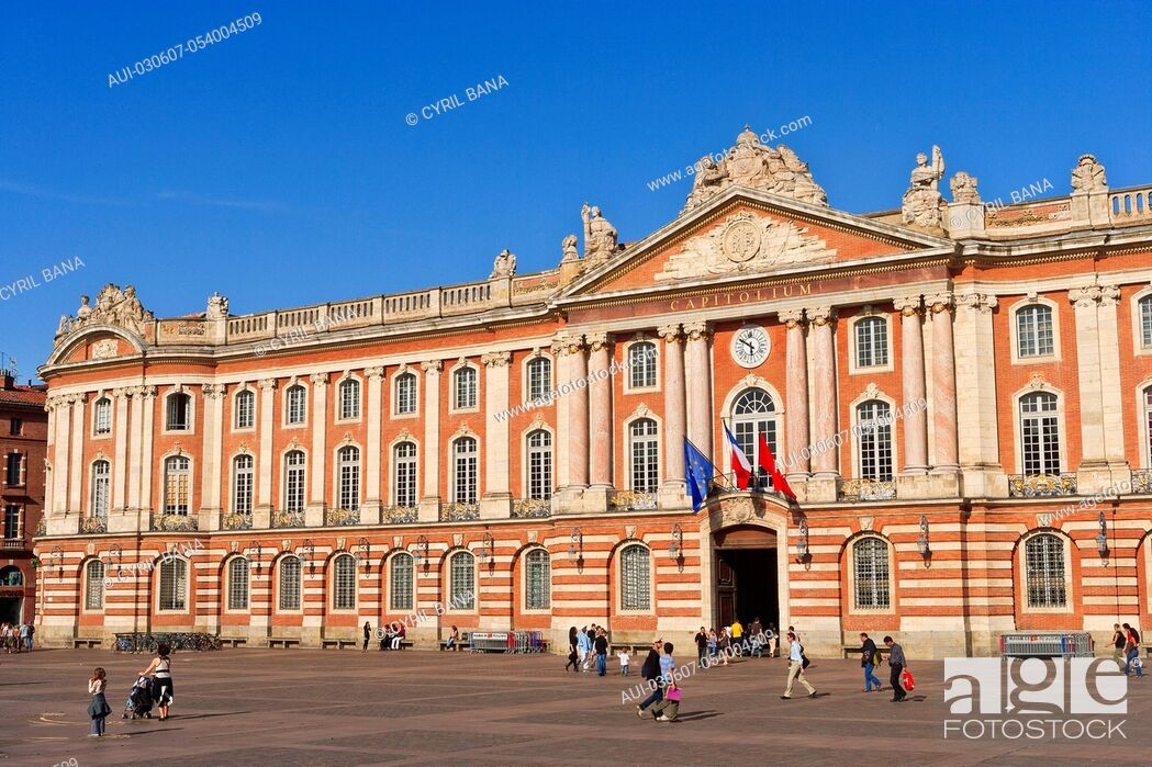 Stock Photo: France, Toulouse, [City Hall], Capitol Square, Place du Capitol.