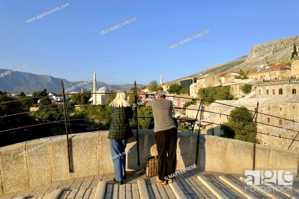 Stock Photo: Bosnia and Herzegovina, Mostar, listed as World Heritage by UNESCO, Old Bridge (Stari most).