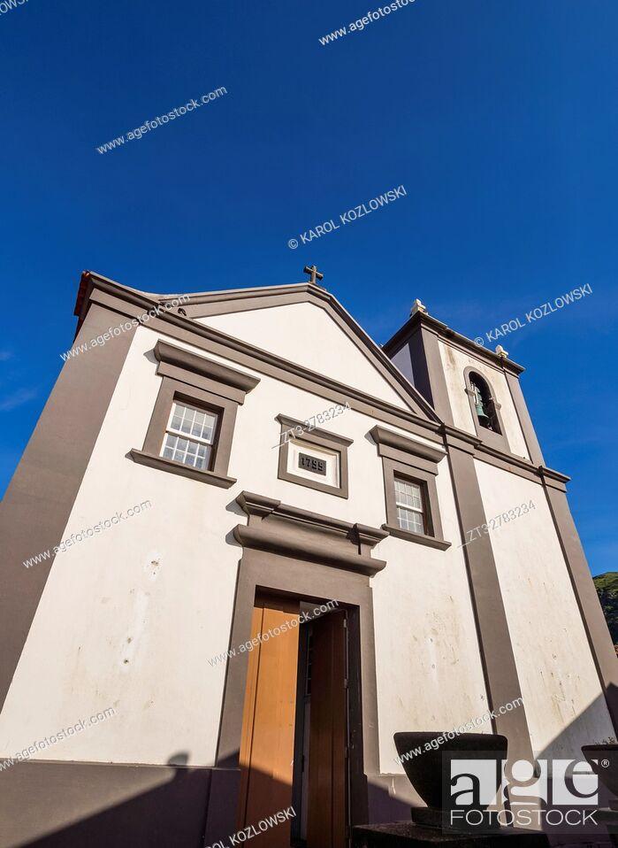 Imagen: Portugal, Azores, Corvo, Vila do Corvo, View of the Church of Nossa Senhora dos Milagres.