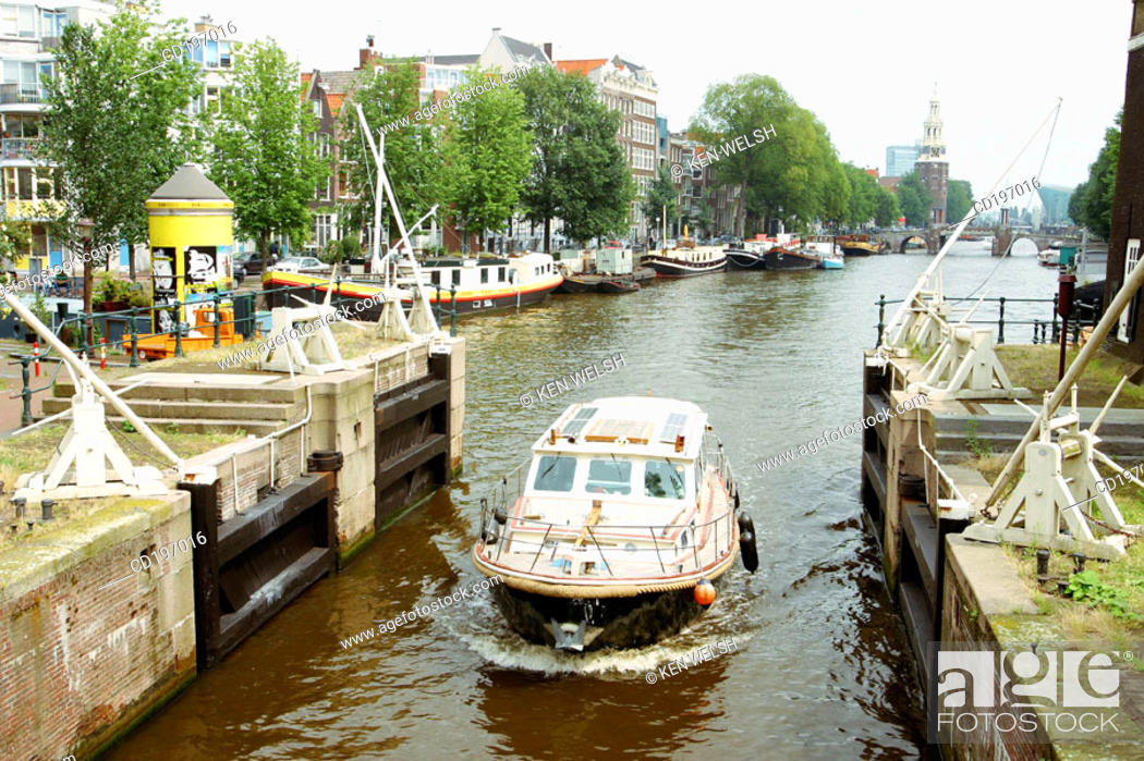 Stock Photo: Lock on Oudeschans. Amsterdam. Holland.