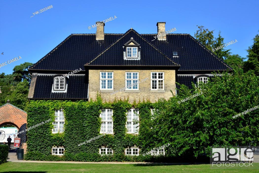 Stock Photo: Europe, Danmark, copenhague. Royal palace.