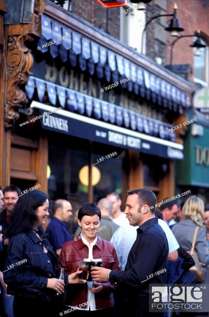 Stock Photo: People in front of the Doheny &amp,amp, Nesbit Pub, Dublin, Ireland, Europe.