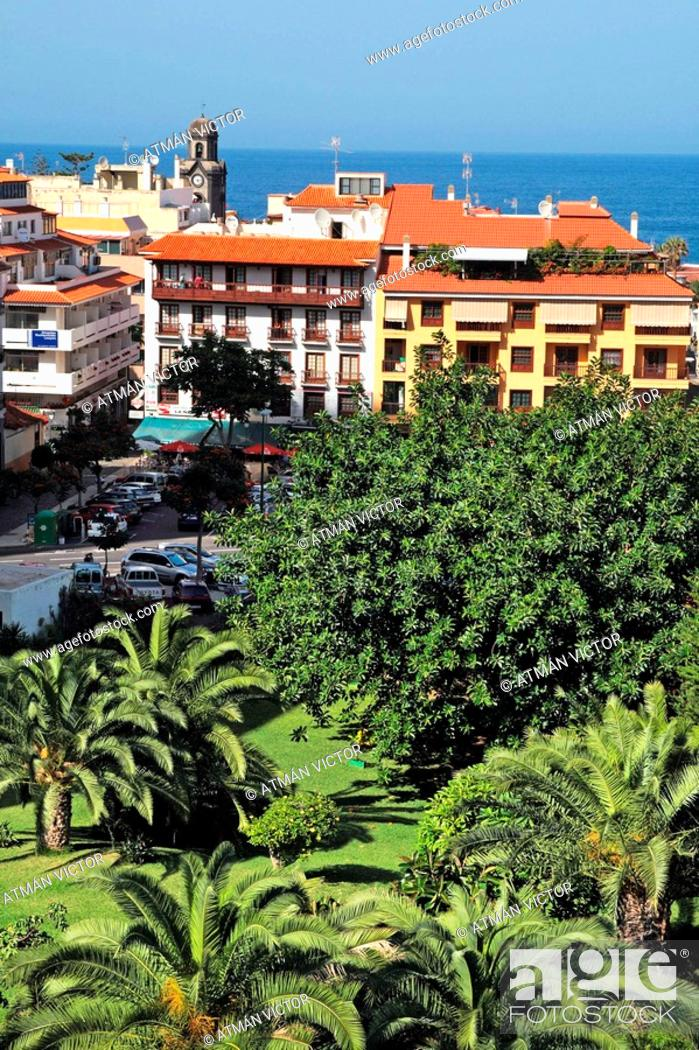 Stock Photo: Puerto de la Cruz, Tenerife. Canary Islands, Spain.