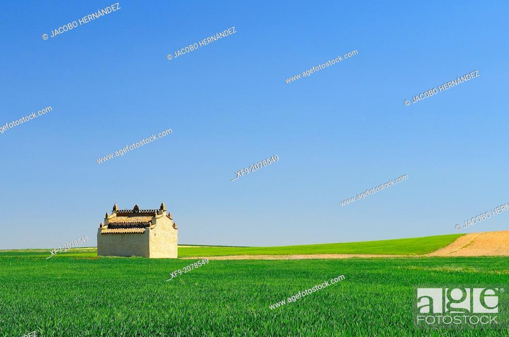 Stock Photo: Dovecote.Otero de Sariegos.Tierra de Campos.Zamora province.Castilla y León.Spain.