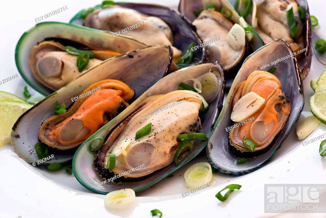 Stock Photo: Mussels in white wine.