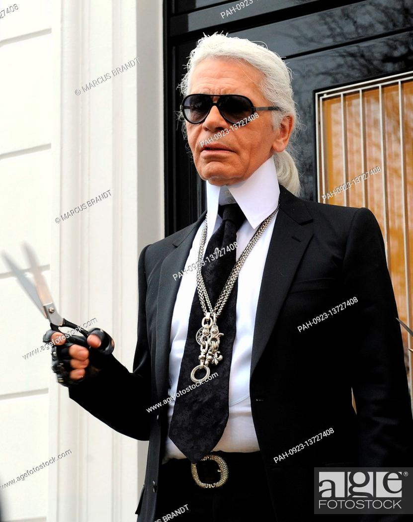 Fashion Designer Karl Lagerfeld Pictured In Front Of The Old Mansion In Hamburg Germany Stock Photo Picture And Rights Managed Image Pic Pah 0923 13727408 Agefotostock