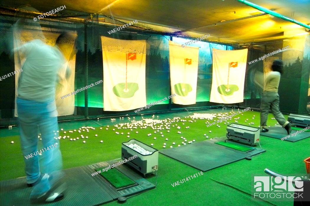 Stock Photo: driving range, leisure, swing, ball, club, sports.