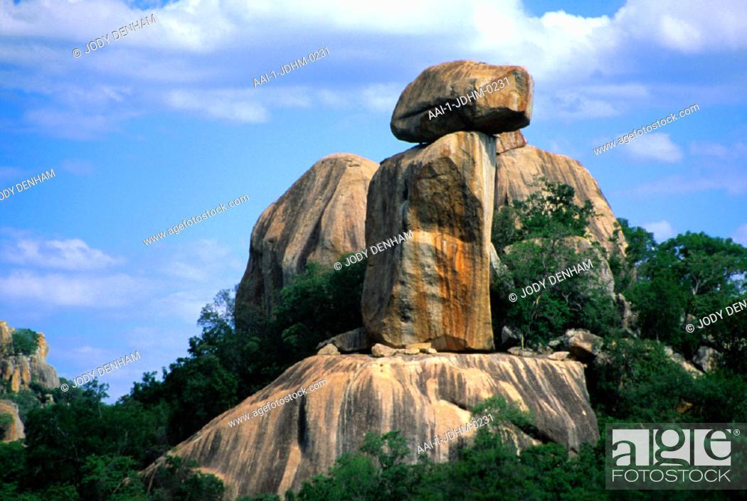 Stock Photo: Rocks, Matobo Hills National Park, Zimbabwe.