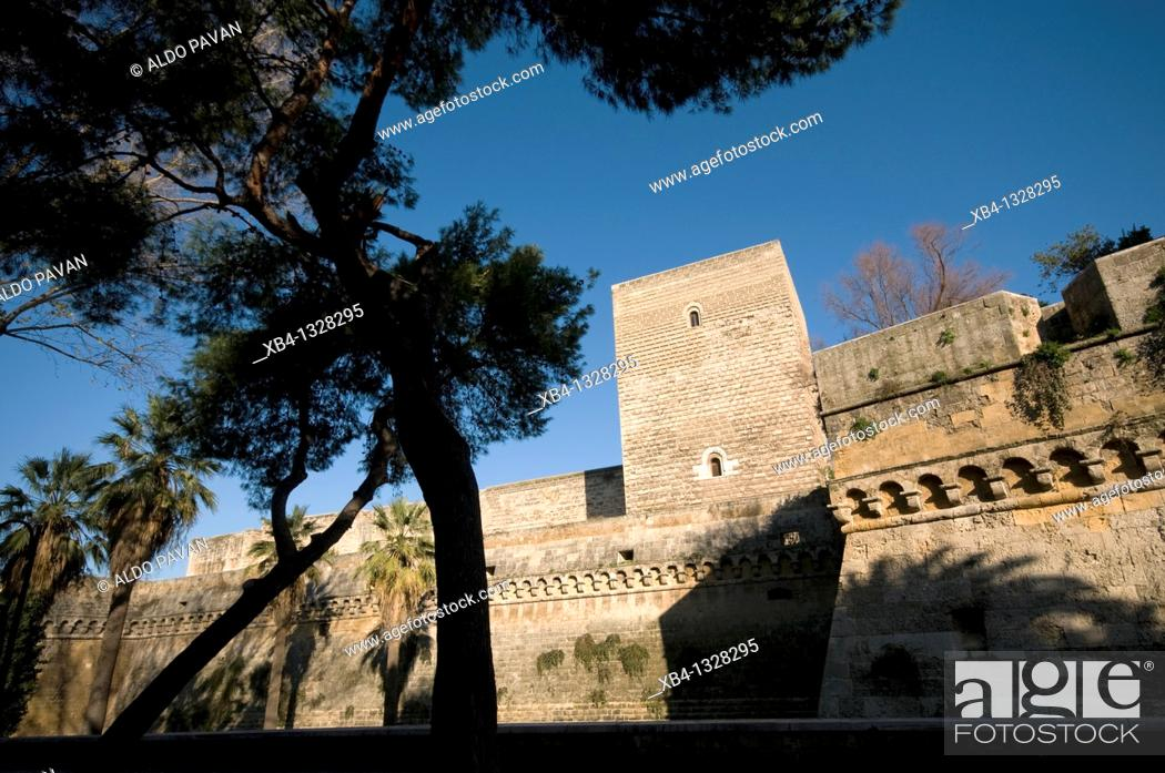 Stock Photo: Italy, Bari, Svevo castle.