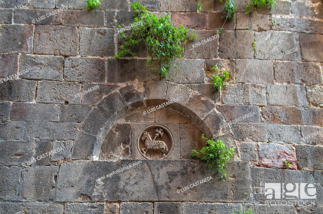 Stock Photo: Wall. Old Barcelona. Spain.