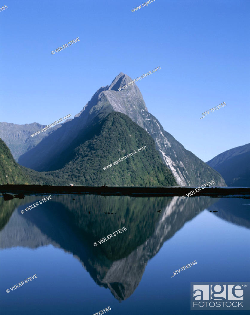 Stock Photo: Firodland, Holiday, Landmark, Milford, Milford sound, Mitre peak, National, New zealand, Park, South island, Tourism, Travel, Va.