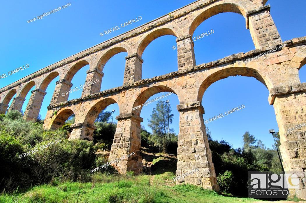 Stock Photo: Pont del Diable Devil's Bridge Roman aqueduct, Tarragona, Catalonia, Spain.