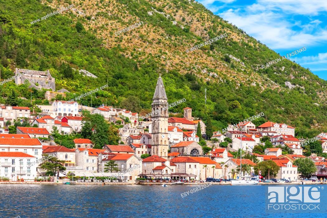 Imagen: Famous old town Perast near Kotor, Montenegro.
