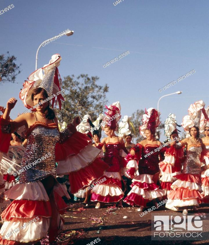 Imagen: Der Karneval von Santa Cruz de Tenerife, Spanien 1970er Jahre. The carnival of Santa Cruz de Tenerife, Spain 1970s.