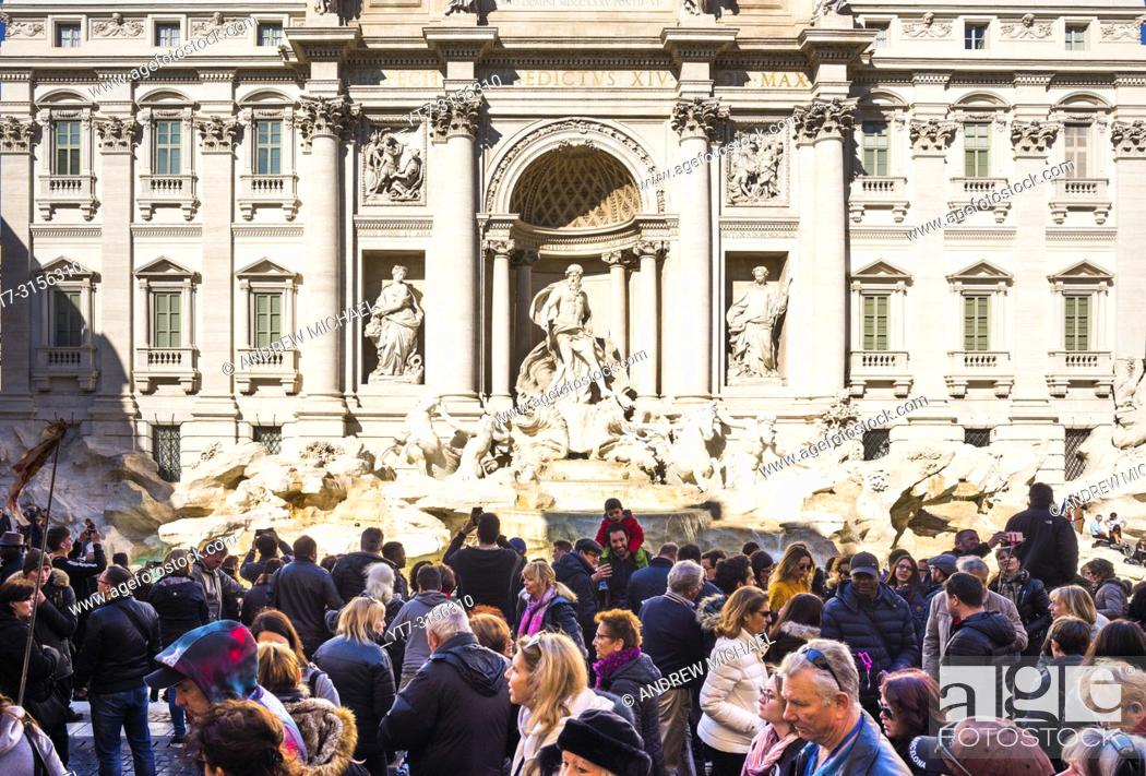 Stock Photo: Crowds of tourists at Trevi Fountain (Fontana di Trevi) in Rome, Lazio, Italy.