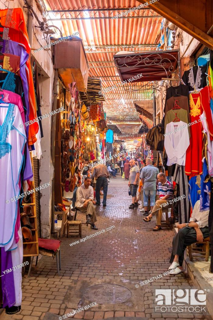 Stock Photo: Shops in the souk, Medina, Marrakech, Morocco, North Africa.