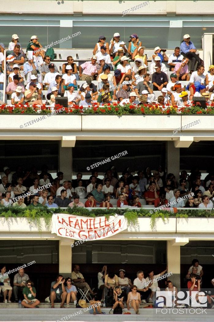 Stock Photo: THE FAMILY, IT'S FANTASTIC! RALLY BY THE ASSOCIATION FOR THE PROMOTION OF THE FAMILY.