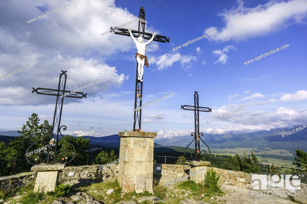 Stock Photo: Col du Calvaire, Font-Romeu, Cerdanya, pirineos catalanes, comarca de Capcir, Francia.
