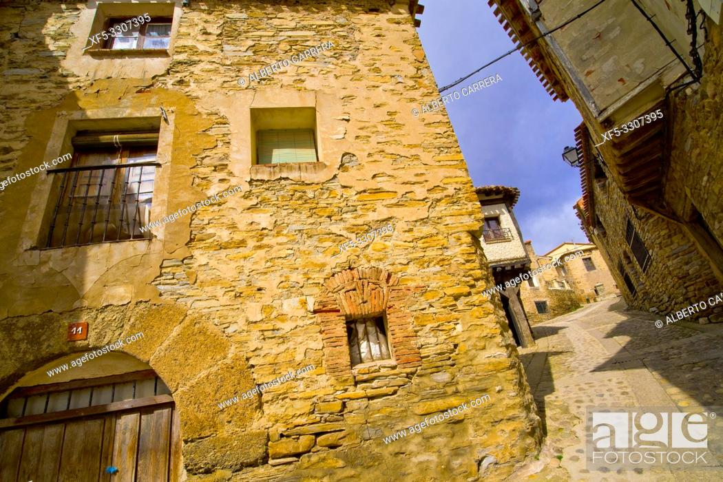 Imagen: Street Scene, Tipycal Architecture, Old Town, Yanguas, Soria, Castilla y León, Spain, Europe.