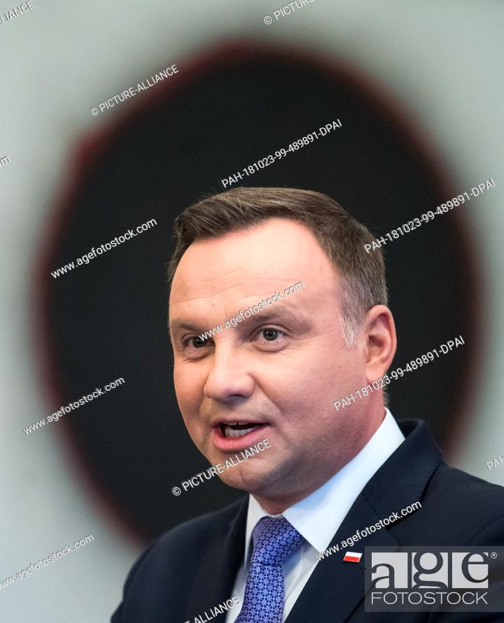 Stock Photo: 23 October 2018, Berlin: Polish President Andrzej Duda will speak at a press conference with Federal President Steinmeier after her meeting in Bellevue Castle.