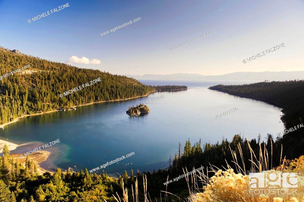 Stock Photo: USA, California/Nevada, Lake Tahoe, Emerald Bay.