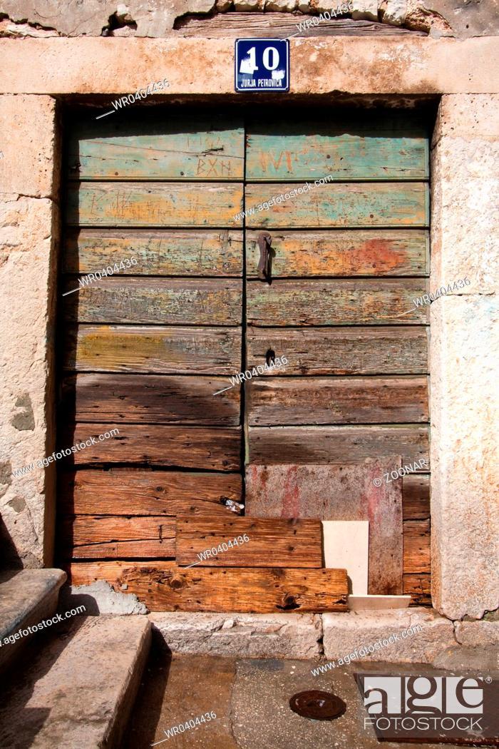 Stock Photo: Doors 0308. Croatia.