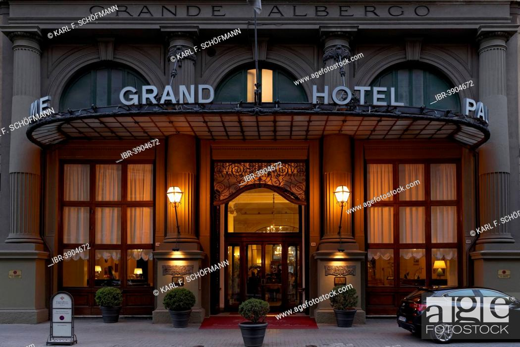 Entrance To The Grand Hotel Et Des Palmes Dusk Palermo Province