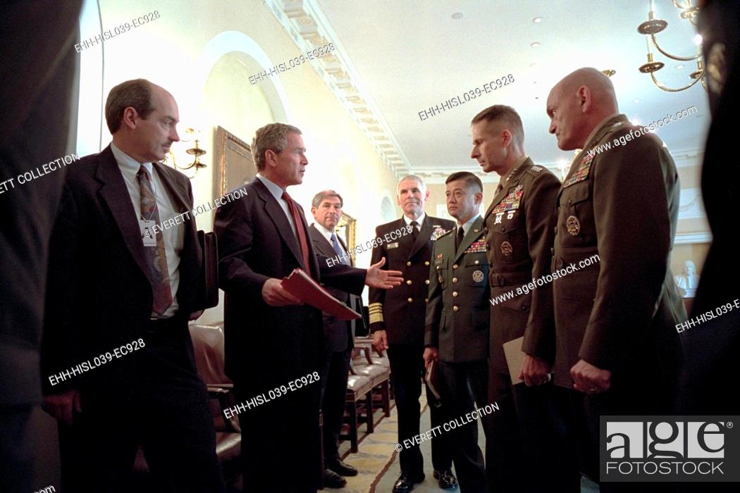 Stock Photo: President George W. Bush with Chiefs of Staff, Oct. 24, 2001. Meeting with him are from left: Adm. Richard Mies, Gen. Eric Shinseki, Gen.