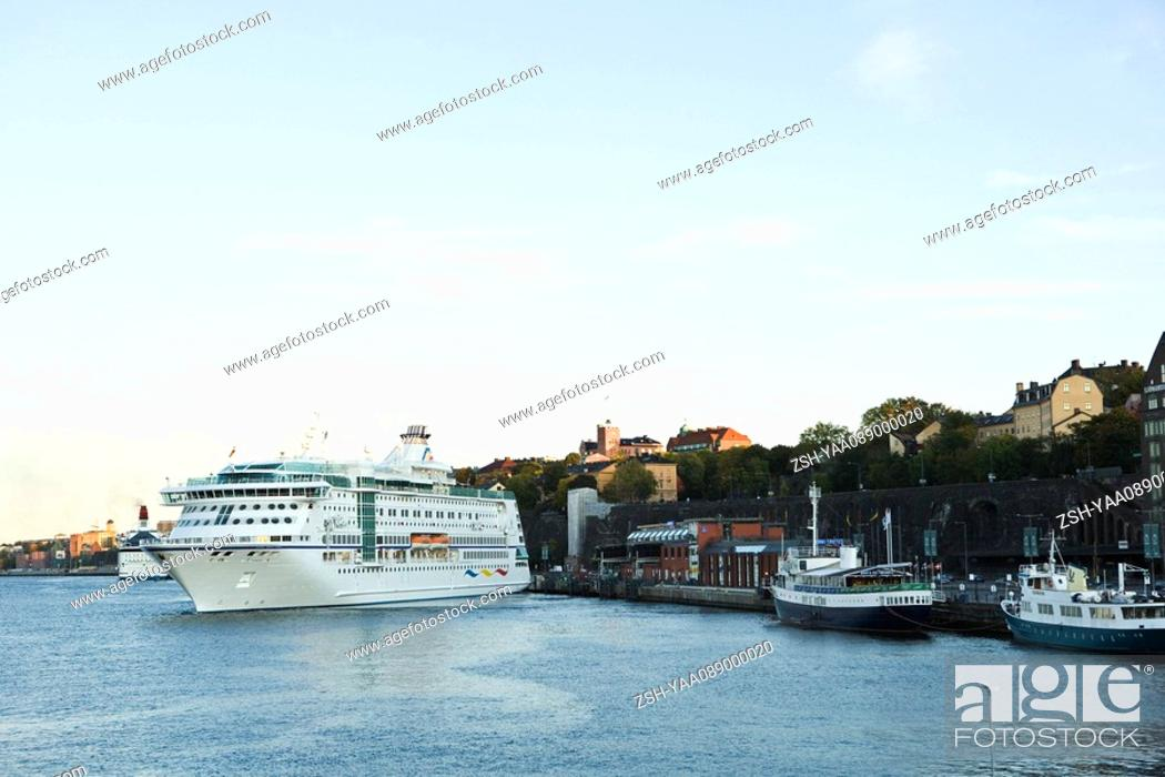 Stock Photo: Sweden, Stockholm, Lake Malaren, ferry boat departing from dock.