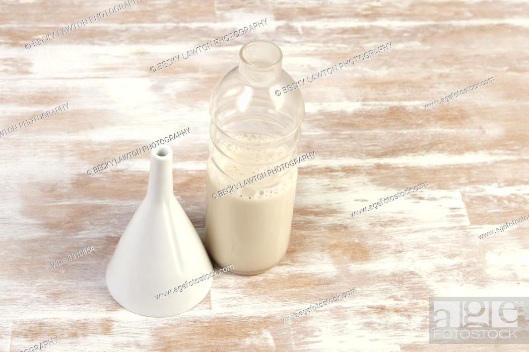 Stock Photo: como preparar horchata de chufa. parte de una serie: 5/6.