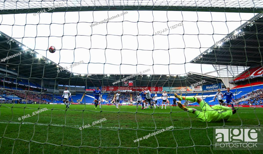 Stock Photo: 2017 FA Cup 3rd Round Cardiff City v Fulham Jan 8th. 08.01.2017. Cardiff City Stadium, Cardiff, Wales. FA Cup third round football.