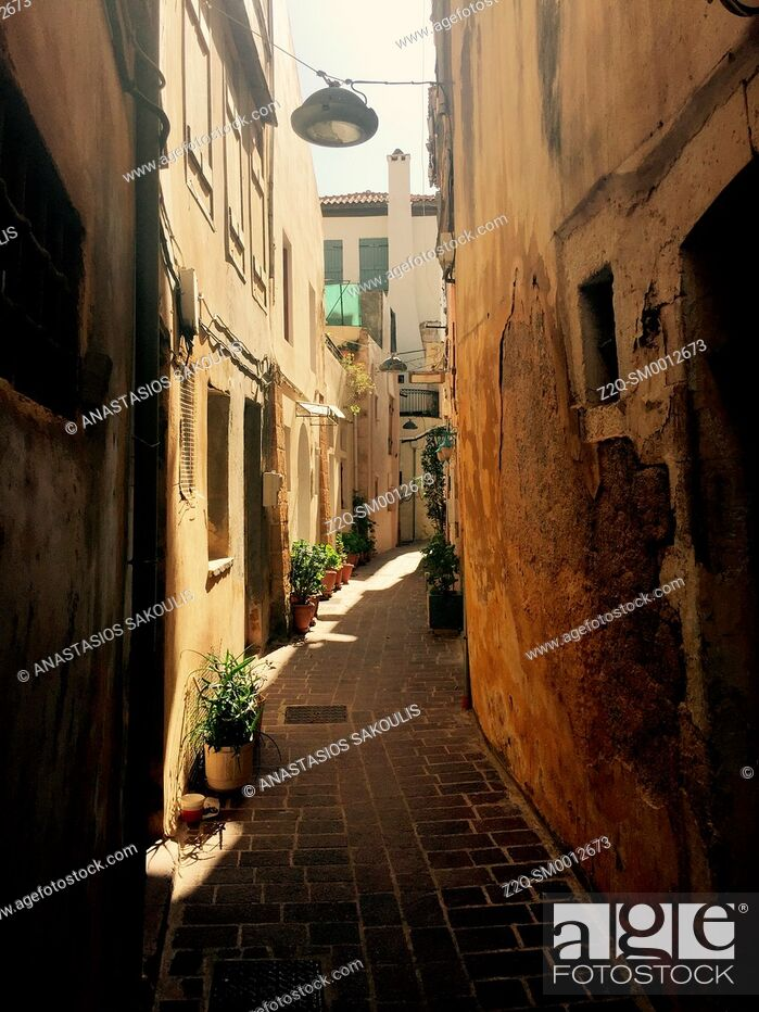 Stock Photo: Narrow aisle at old town of Chania, Crete, Greece.