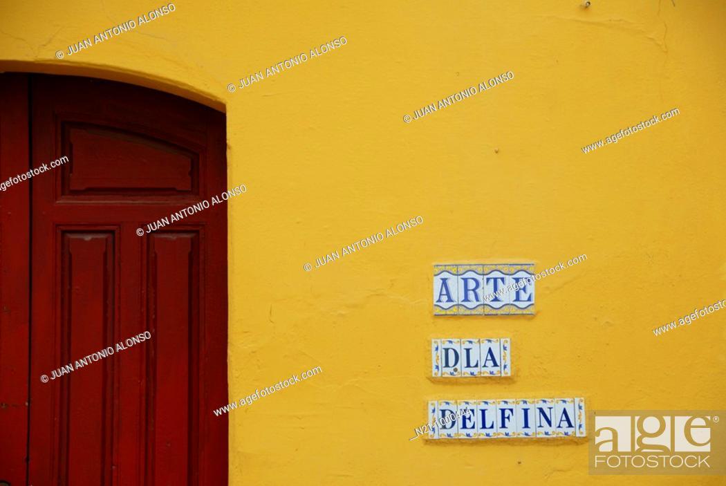 Stock Photo: Building entrance detail and tiles at Plaza de Las Cruces. Santa Cruz Quarter. Seville, Andalucia, Spain.
