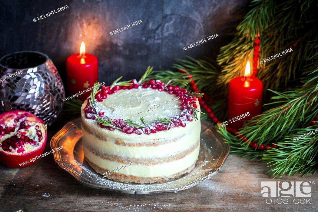 Stock Photo: Christmas gigerbread cake.