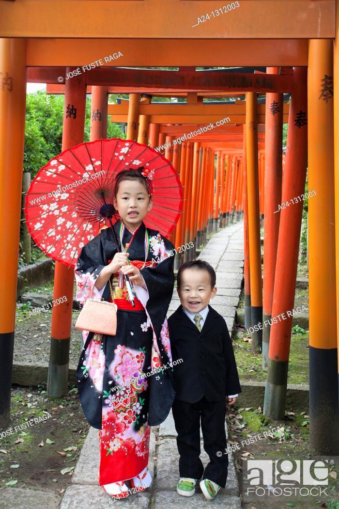 Stock Photo: Tokyo City, Sichi Go San Festial, children.