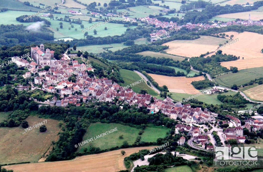 Stock Photo: Tonw of France, Burgundy, Yonne, Vezelay viewed from the sky of this site of UNESCO world heritage, famous for its basilica Sainte Madeleine and its pilgrimage.