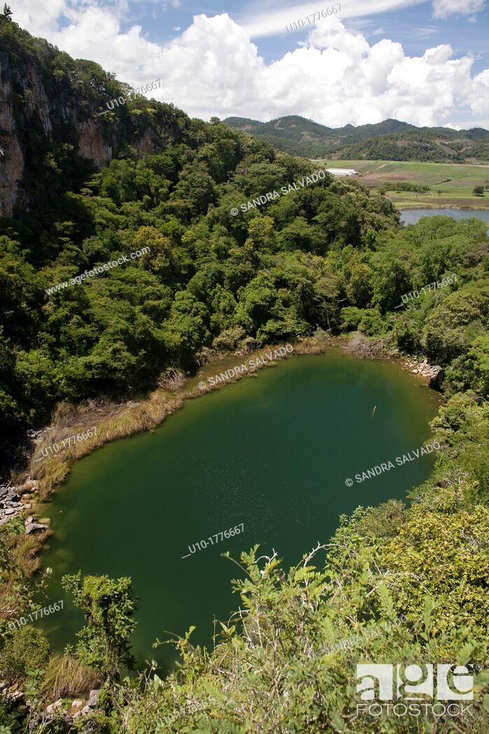 Stock Photo: Chinkultic, Chiapas, Mexico.
