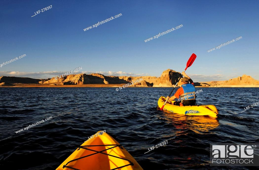 Stock Photo: Kayaking, Lake Powell, Glen Canyon, Arizona, USA.