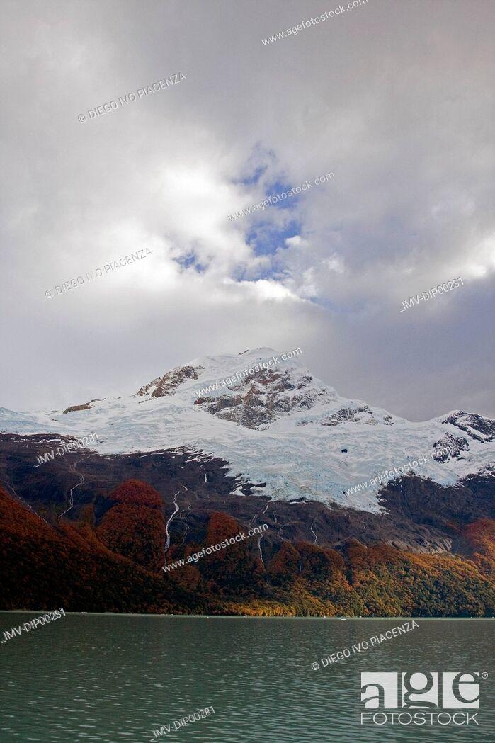 Imagen: Iceberg Upsala Glacier, Santa Cruz, Argentina.