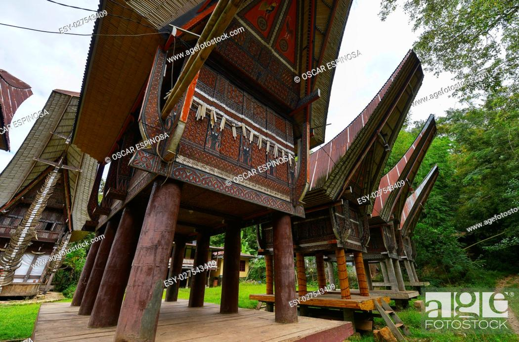 Imagen: Tongkonan traditional houses in Tana Toraja, Sulawesi, Indonesia.
