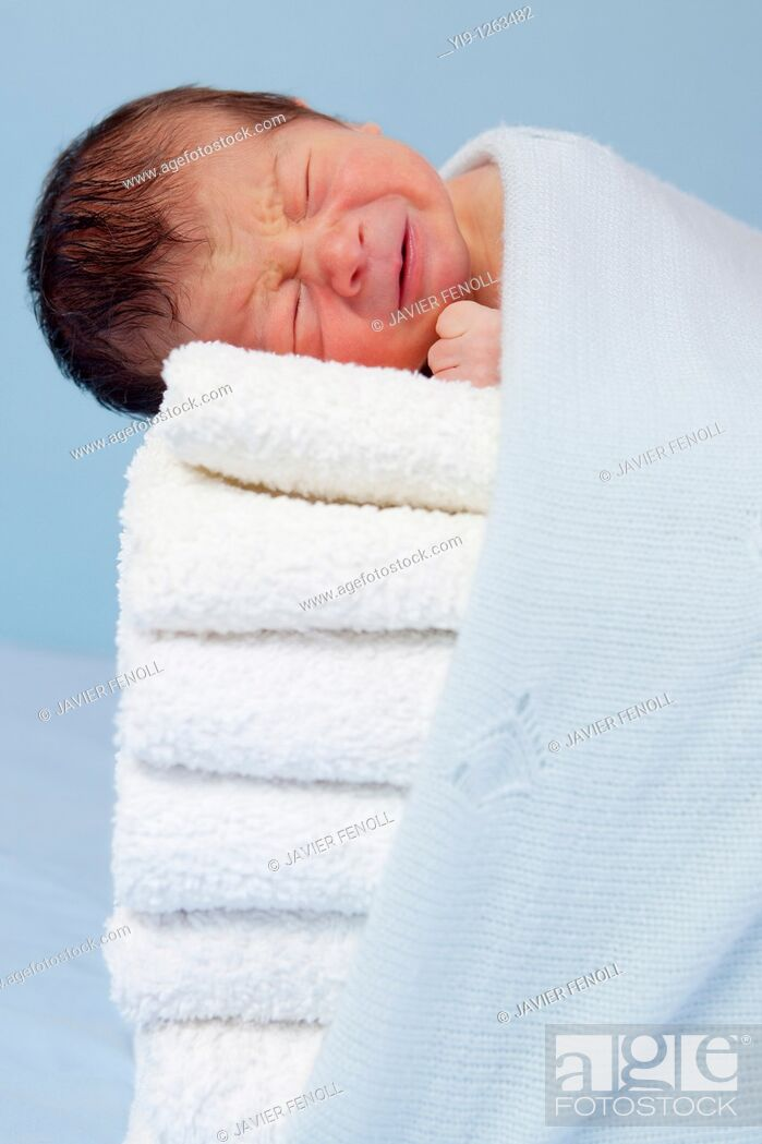 Stock Photo: New born on soft towels.