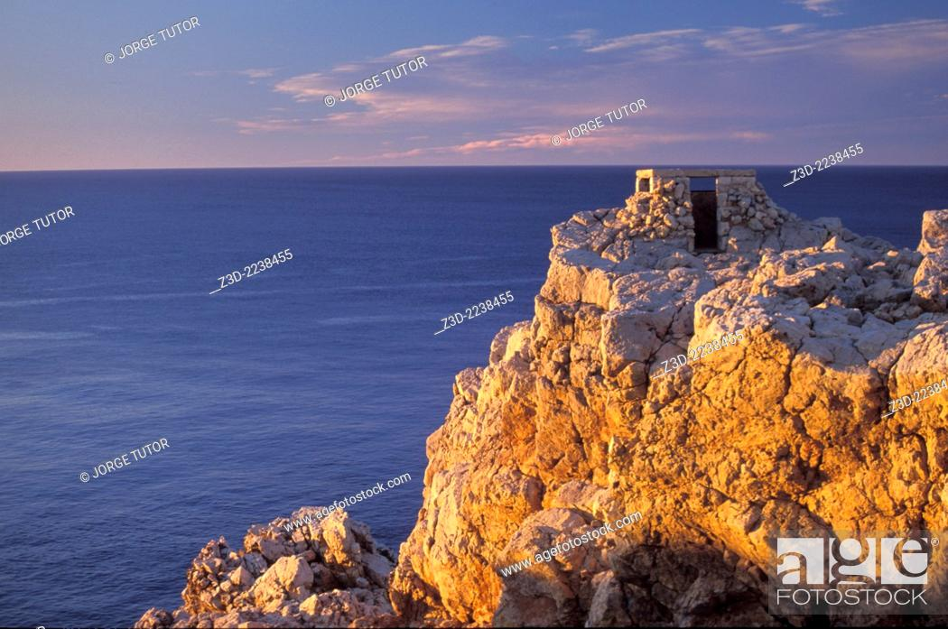 Imagen: Punta Nati at sunset. Menorca minorca balearic island islands.
